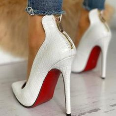 Christian Louboutin OFF! Excited to share this item from my shop: Women Chic Sexy High Heel White or Black High Quality Stilettos With Red Bottom soles Sexy High Heels, Frauen In High Heels, High Heels Stilettos, Womens High Heels, White Heels, Pump Shoes, Shoes Heels, Christian Louboutin, Red Bottom Heels