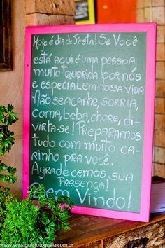 coracoes-coloridos-casamento-colorido-ar-livre-fernanda-e-rafael (1)