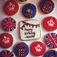 Awesome cookies for a british party. British Cookies, British Cake, British Party, 17th Birthday, Summer Birthday, Mom Birthday, Birthday Party Themes, Hp Sauce, Galletas Cookies