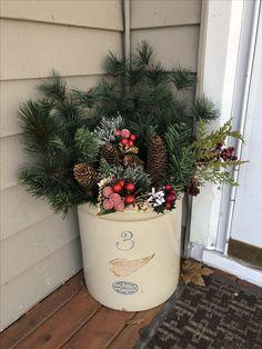 Winter Porch, Winter Christmas, Winter Holidays, Christmas Ideas, Christmas Wreaths, Christmas Crafts, Xmas, Christmas Tree, Pickling Crock