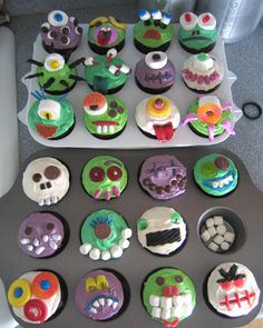 creepcake cupcakes your martha inspired cupcakes these frighteningly sweet cupcakes were inspired by our - Martha Stewart Halloween Cakes