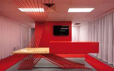 Una oficina en rojo, diseño y elegancia a bajo costo
