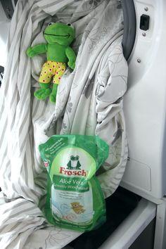 Warum der Frosch bei uns mitmacht Baby Car Seats, Zero, Children, Deutsch, Sustainable Gifts, Laundry Detergent, Workplace, Mindfulness, Sustainability