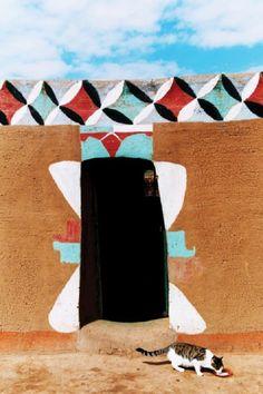 African House, Afrique Art, Arts Integration, Vernacular Architecture, Art Mural, Wall Art, African Design, North Africa, Geometric Designs