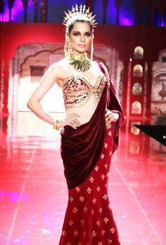 Kangana Ranaut posing for Suneet Varma at the BMW India Bridal Week (IBFW) 2014. #Style #Bollywood #IBFW2014 #Fashion #Beauty