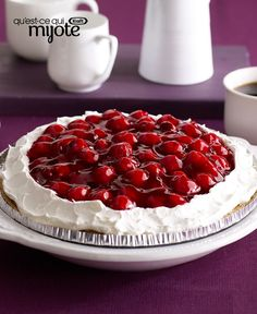 No-Bake Chocolate-Cherry Cheesecake Substitute real whipped cream for (cool whip gag). My own tart cherry topping. Easy No Bake Desserts, Just Desserts, Delicious Desserts, Dessert Recipes, Pastries Recipes, Baking Desserts, Dessert Ideas, Cake Ideas, Biscuits Graham