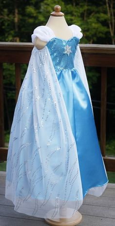 """if most of her halloween activities are indoors, so you're not concerned with her arms being covered, i think the poofy sheer sleeves give it a kind of """"off the shoulder"""" look like the real elsa - but keep it age appropriate Elsa Kostüm Kind, Diy Tulle Skirt, Elsa Hair, Princess Coloring Pages, Grow Room, Elsa Dress, Sequin Fabric, Halloween Kostüm, Toys For Girls"""