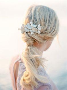 The Wild Rose Accessories flower bridal comb, bridal accessory, hair accessory  Photo Isabelle Hesselberg www.2brides.se