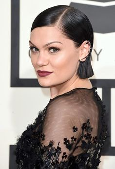 Grammy Awards 2015 Hairstyles and Makeup: Jessie J  #hairstyles #celebrityhairstyles