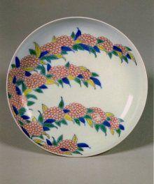 鍋島 色絵蒲公英文 A Nabeshima Dish