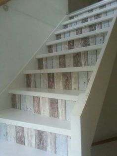 Come decorare le scale di casa! Ecco 20 idee creative…