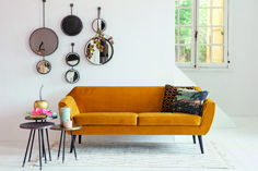 Retro Couch, Yellow Couch, Green House Design, Lounge, Velvet Sofa, Doll Furniture, Contemporary Decor, Ideal Home, Interior Inspiration