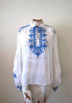 vintage 30s 40s Hungarian embroidered peasant by detroitdolly  #detroitdolly #40sblouse #hungarianpeasantblouse