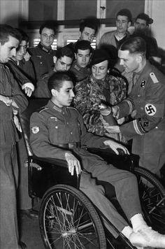 - División Azul  :: Españoles en la 2ª G. M.