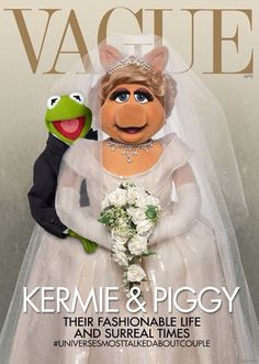 Miss Piggy & Kermit Spoof Kim Kardashian's 'Vogue' Cover – See it Here! Miss Piggy and Kermit look like a cute married couple on the cover of Vague, putting their own spin on the latest Vogue issue (with Kim Kardashian and Kanye West… Kermit And Miss Piggy, Kermit The Frog, Jim Henson, Kim Kardashian Vogue, Haha, Fraggle Rock, Kim And Kanye, The Muppet Show, Muppet Babies