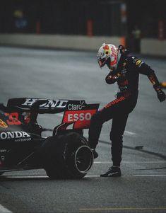 Red Bull F1, Red Bull Racing, F1 Racing, Red Bull Drivers, F1 Drivers, Le Mans, Grand Prix, Bulls Wallpaper, Cute Boy Things
