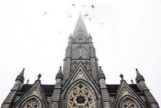 from @jsn.ptrsn  Bird's eye view  Saint Mary's Cathedral Basilica Halifax Nova Scotia  #stmarys #stmaryscathedral #Halifax #novascotia #canada #enjoycanada #explorecanada #VisitNovaScotia #discoverhalifax #halifaxnoise #hfx #tourcanada #imagesofcanada #canadaday #thankyoucanada #architecture #building #lookup #moodygrams #way2ill #heatercentral #illgrammers #fatalframes #agameoftones #theimaged #city #urban #travel