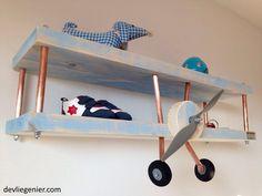 kinderkamer-bluewash-vliegtuig-wandplank-zijkant1 - devliegenier.com