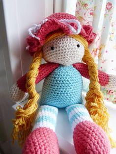 Ilona's blog: Poppen gehaakt, Sally en Poppy 2 zusjes