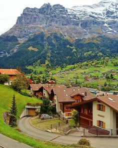How not to fall in love with this place? Picture taken from the train arriving at Grindelwald.