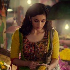 Want a similar yellow sleeved ethnic kurta like Alia Bhatt is wearing