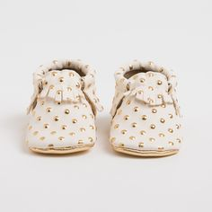 Handmade studded leather baby moccasins at Freshly Picked. Too awesome.