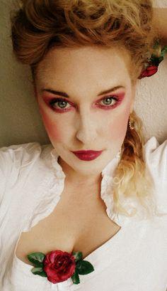 Make Up and more: Moderner Barock Look