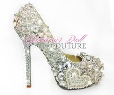 Over the top shoes Top Shoes, Me Too Shoes, Glamour Dolls, Cinderella Shoes, Fancy Shoes, Shoe Art, Girly Things, Girly Stuff, Bridal Accessories