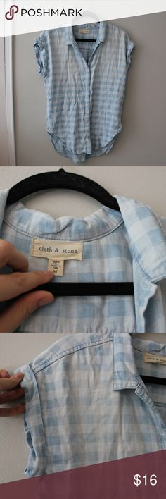 dac86246 Anthropologie Cloth and Stone top Excellent used condition button up. Short  sleeves, almost like