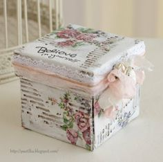 Smart and Beautiful: альтер-скрап\altered project Decoupage Tins, Exploding Box Card, Shabby Chic Crafts, Diy Gift Box, Altered Boxes, Pretty Box, Painted Boxes, Craft Box, Vintage Box