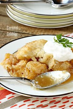 Caramel Cobbler is rich, buttery & takes minutes to make. It has a decadent, self-made caramel sauce that you'll want to keep eating and eating! Baked Apple Dessert, Apple Desserts, Easy Desserts, Delicious Desserts, Pecan Pie Bread Pudding, Fruit Cobbler, Cobbler Recipe, Homemade Butter, Best Dessert Recipes