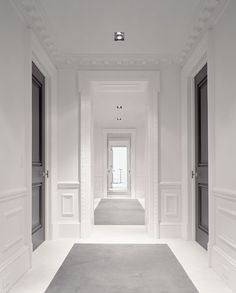 Observe the dark doors, they could loose the dental molding it takes away from the fresh modern look.