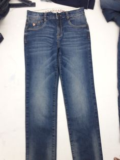 Jeans, Projects, Fashion, Log Projects, Moda, Blue Prints, Fashion Styles, Fasion, Green Jeans