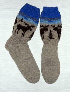 2020. Aimolle hirvisukat, lankana 7-veljestä, Socks, Fashion, Moda, Fashion Styles, Sock, Stockings, Fashion Illustrations, Ankle Socks, Hosiery