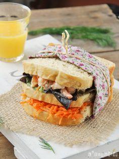 Sandwich con gambitas, zanahoria y eneldo - L'Exquisit