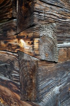Dove tail joints - craftsmanship that I fear will be lost soon -- joints become tighter as wood shrinks Cabana, Dove Tail, Sticks And Stones, Cabins In The Woods, Wabi Sabi, Log Homes, Art And Craft, Joinery, Belle Photo