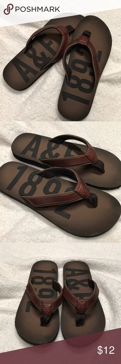 ff2c8c4a61a Shop Women s Abercrombie   Fitch Brown size Women s Sandals at a discounted  price at Poshmark.