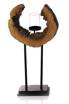 CASTIÇAL WOOD G | 28x14,5x52,5 cm | Cód. 00.02.0016 Castiçal em Poliresina com Suporte para Vela em Vidro e Metal. Tamanho G.