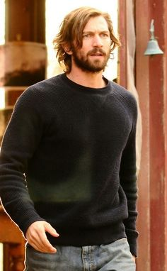 He's also a DILF. Like the ultimate DILF. | Who Is Hotter: Daario Naharis, Cal Morrison, Or Liam McGuinnis?