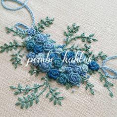 """좋아요 133개, 댓글 2개 - Instagram의 Yasemin(@pembe_kaktus)님: """"💙💙💙 #embroiderydesign #embroideryhoop #embroidery #kurdele #ribbon #carpiisi #kasnaknakisi #kasnak…"""""""