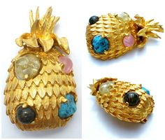 Pineapple Brooch Signed Jeanne Art Glass by TheJewelryLadysStore