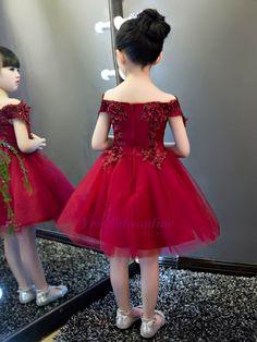 Lovely A-Line Tulle Off-The-Shoulder Short Sleeves Knee-Length Flower Girl Dress Girls Dresses Online, Girls Party Dress, Little Girl Dresses, Baby Dress, Flower Girl Dresses, Flower Girls, Prom Dresses, Formal Dresses, Wedding Dresses For Kids