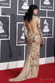 Katy Perry in Zac Posen, 2010 Grammys