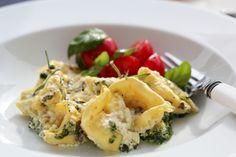 Gratinerte tortellini med spinat og norzola - TRINEs MATblogg