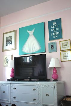 "MY Old Country House: THE TV ""GALLERY"" WALL"
