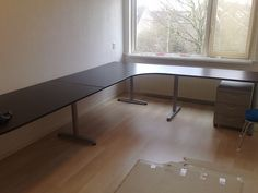 L-Shaped Desk~this is just what I need