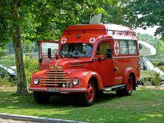 Ex Ambulance // La cusculina, versión ambulancia.  #coletuit #fb