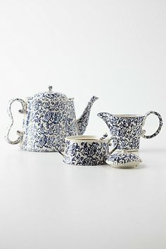 Nottingham Tea seat by Anthropologie    http://www.anthropologie.eu/anthro/product/home-newarrivals/7543601813116.jsp