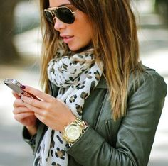 chaqueta, cuero, leather, jacket, outfit, moda, mujer, verde
