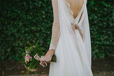 Boda en un cortijo de Granada : Fotos, Paula G. Furió : Tendencias de Bodas Magazine #vestidodenovia #weddingdresses #plumeti Granada, Wedding Dresses, Blog, Fashion, Tulle, Bridal Gowns, Weddings, Boyfriends, Fotografia